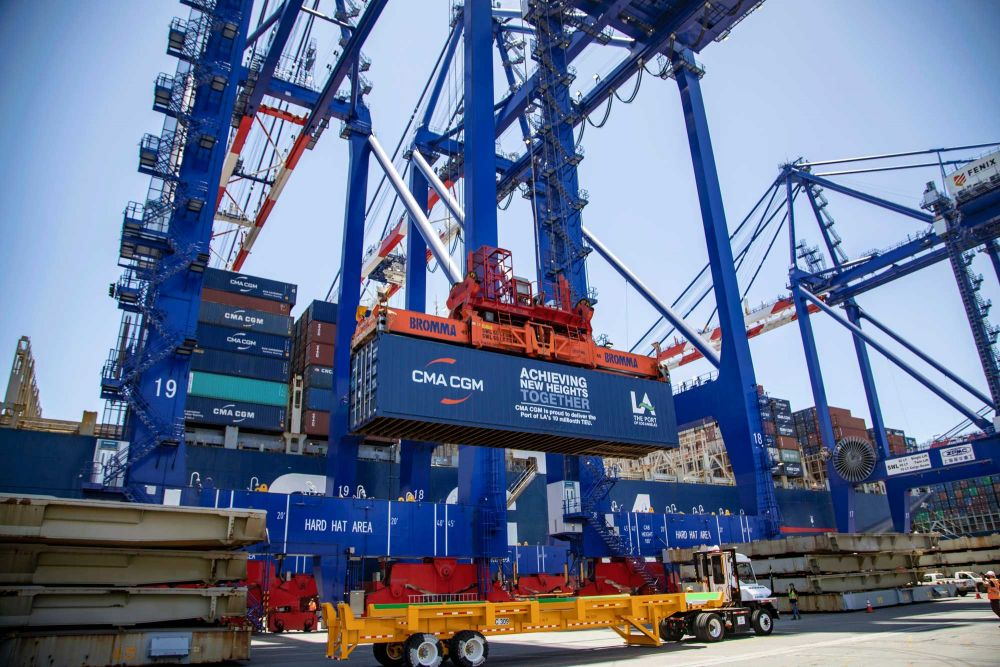 PORT OF LOS ANGELES ECLIPSES 10 MILLION CONTAINER UNITS